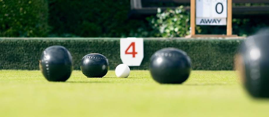 Kids Barefoot Bowls – The Acres Club